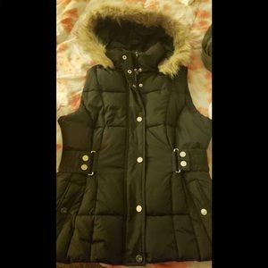 Guess winter jacket. Used once . Like new